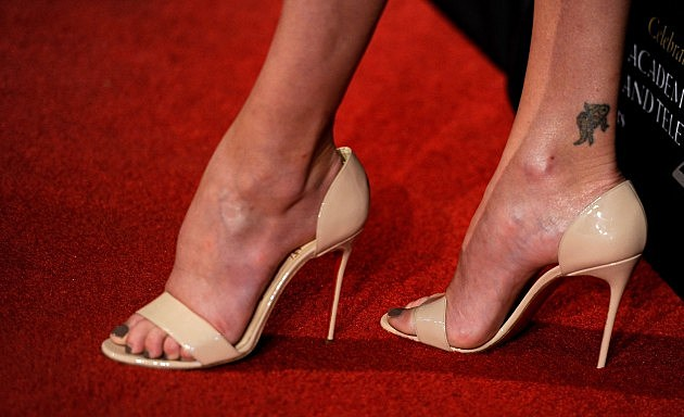 Pin celebrities with ugly feet on pinterest