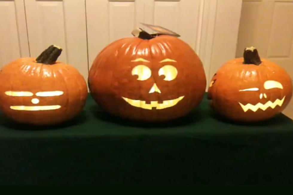 amazing real singing jack o lanterns brought to life by a projector video