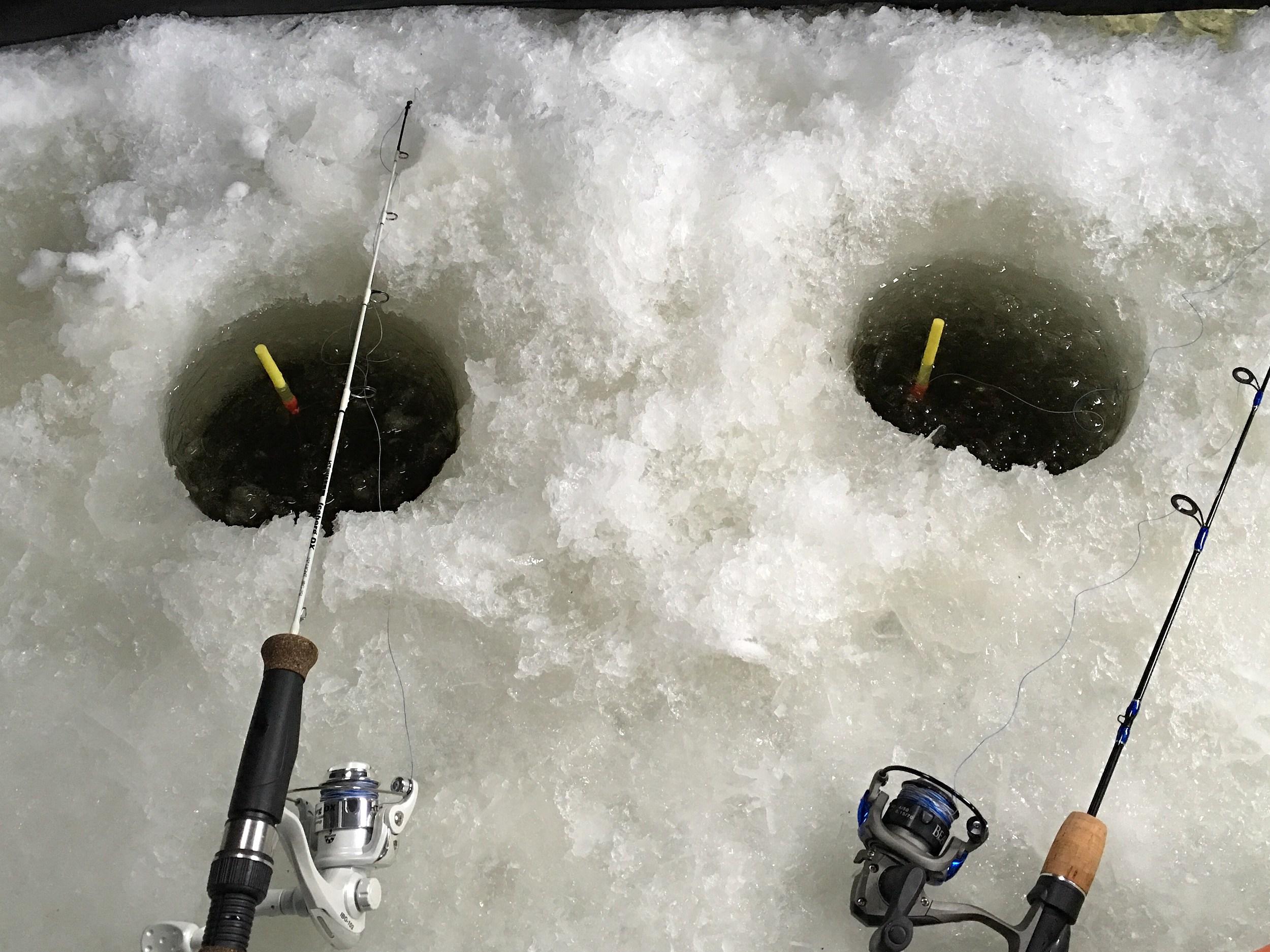 Take a kid ice fishing weekend starts saturday in minnesota for Minnesota fishing license age